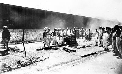 Funeral pyre during Pune plague in 1897