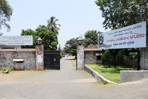 Kamalistan studio lying deserted and forsaken - Mythical India