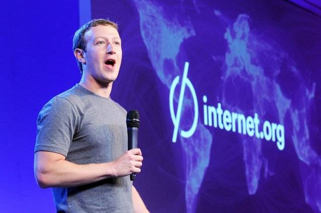 Facebook CEO Mark Zuckerberg who supports Free Basics - Mythical India