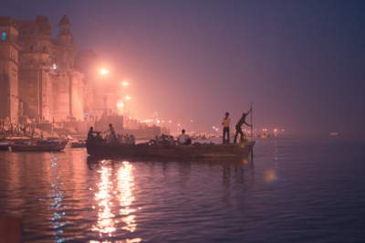 boating varanasi mythical india culture