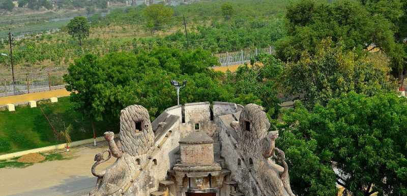 The fortress like structure of Constantia - Mythical India