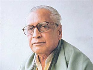Birth anniversary of Kusumagraj, a popular Marathi author and poet who wrote about freedom and justice. He wrote poems, novels, short stories, essays and plays. His work like the Vishakha is considered one of the masterpieces of Indian literature along with Natsamrat. He was awarded Sahitya Akademi Award for Natsamrat, Padma Bhushan and Dnyanpith Award.