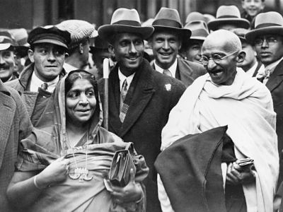 2 March- Death anniversary of Sarojini Naidu, Great India freedom fighter and activist. She is also known by the sobriquet as The Nightingale of India. She served as the governor of the Provinces of Agra and Oudh from 1947 to 1949 and also became the first woman governor of an Indian state.