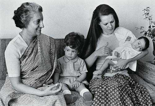Childhood photo of Rahul Gandhi with mother Sonia and grandmother Indira Gandhi