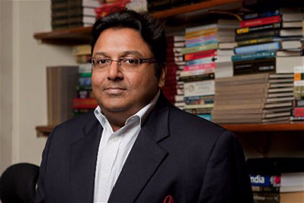 Interview With :    Ashwin Sanghi, Author of The Rozabal Line
