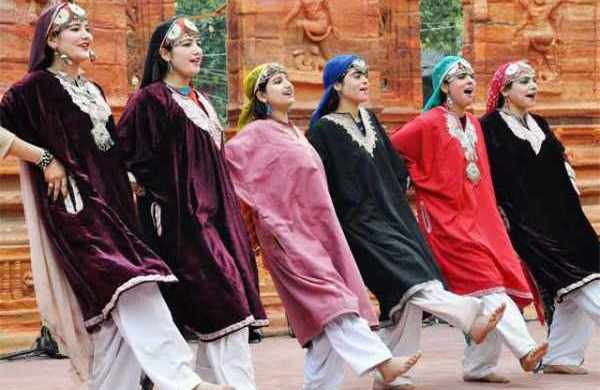 Dhumal folk dance of Jammu and Kashmir - Mythical India