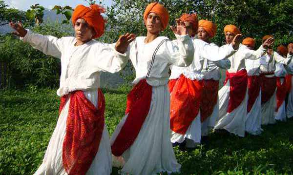 Kud dance performed by locals in Jammu and Kashmir - Mythical India