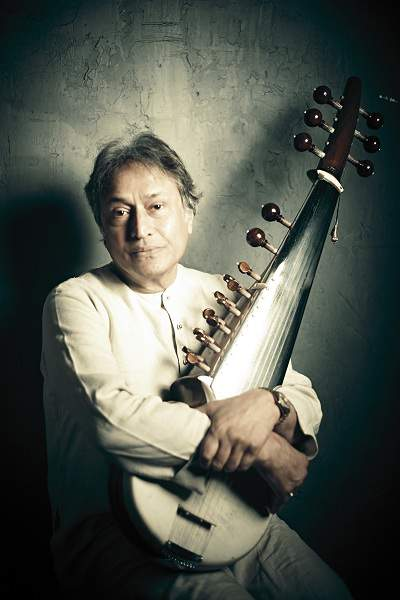 Ustad Amjad Ali Khan with Sarod - Mythical India
