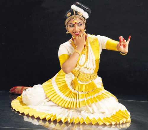 Mohiniyattam dance involves expressing - Mythical India