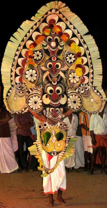 Padayani dance in Kerala - Mythical India