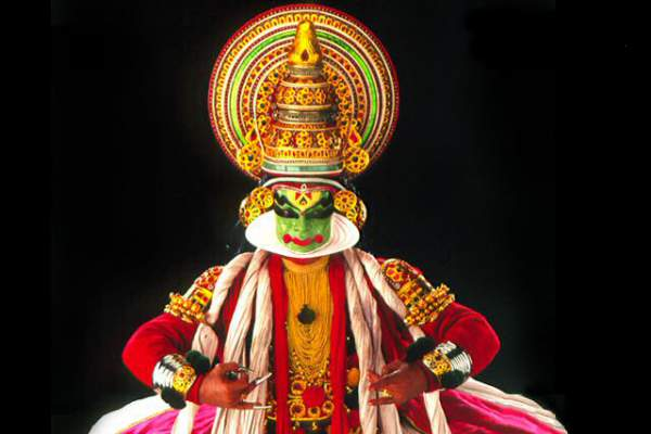 Kathakali classical dance of Kerala - Mythical India