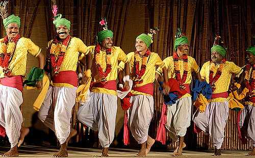 Mardana Jhumar, popular folk dances of Jharkhand - Mythical India