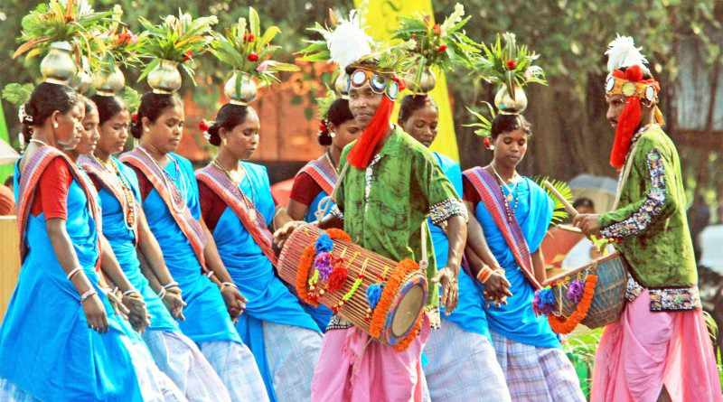 Paika, one of popular folk dances of Jharkhand - Mythical India