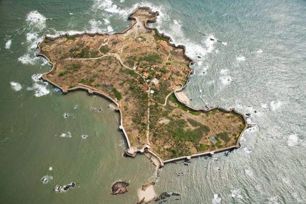 Sindhudurg fort built by Shivaji in Malvan - Mythical India