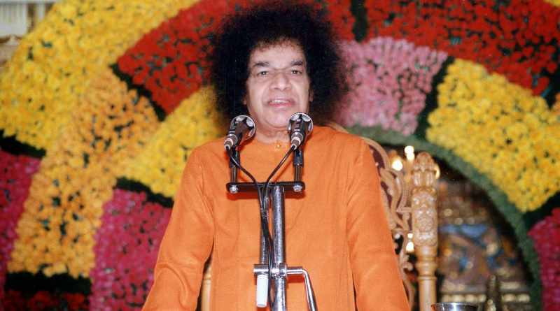 Sathya Sai baba - Controversial indian godmen - Mythical India