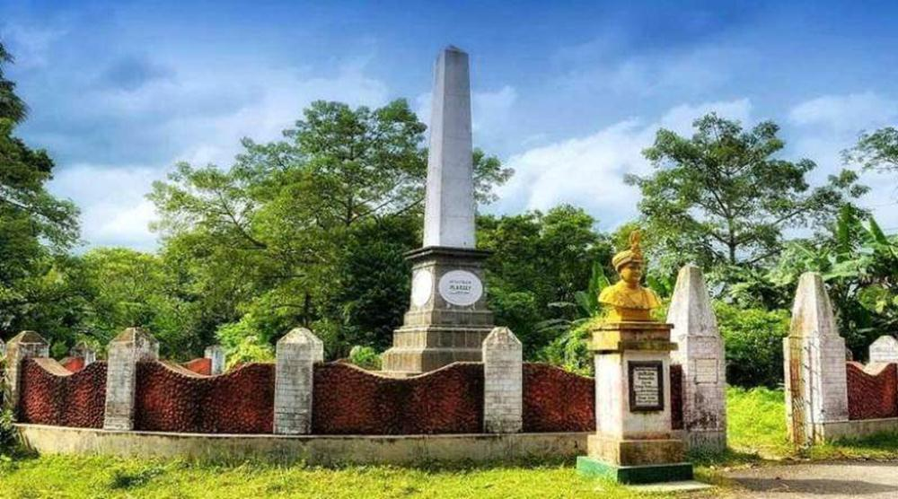war-memorial-at-the-battle-of-plassey-ground-murshidabad - Mythical India