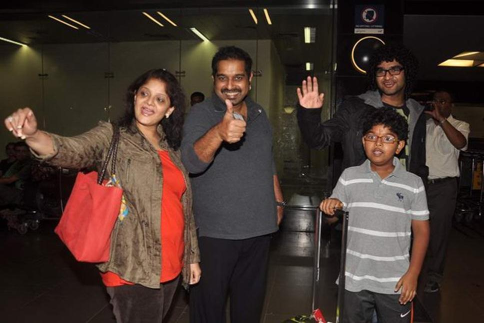 Shankar Mahadevan with wife Sangeeta Mahadevan and sons Siddharth and Shivam - Mythical India